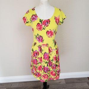 Isaac Mizrahi Dresses - Isaac Mizrahi Live Floral Dress Small